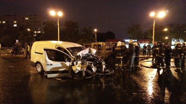 Люди в данном дорожном происшествии не пострадали