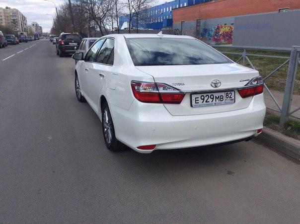 29 мая после 5 утра со двора дома 12 ул. маршала Захарова, угнали автомобильToyota Camry белого цвет...