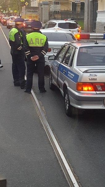 БМВ попал в ДТП на проспекте Энгельса д.1,