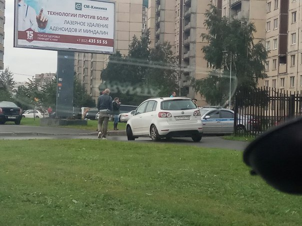Походу наезд на стопхамовца на тротуаре у дома 28 на Казакова ,