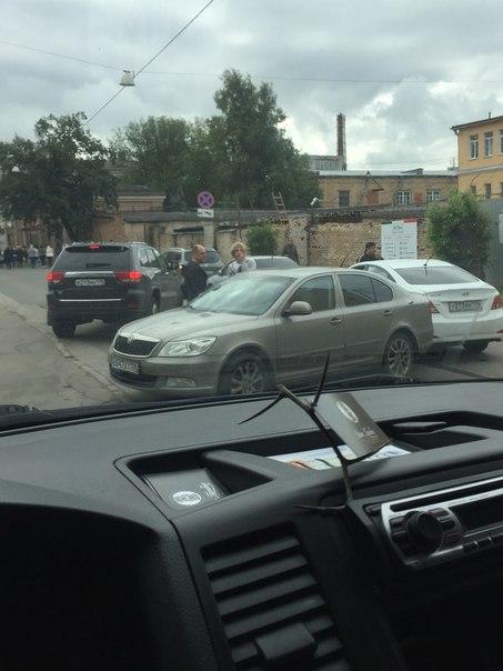 ДТП на улице Коли Томчака