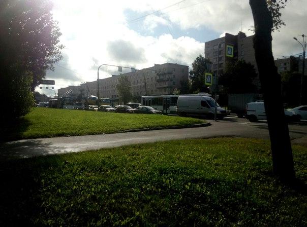 ДТП около Континента на Стачках